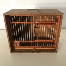 Jolie Cage Oiseaux en bois fabriquée à la Main