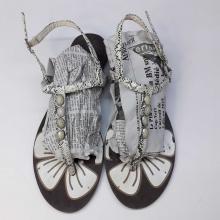 Sandale pour Femme en couleur noir et blanc