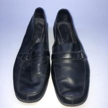 Chaussure pour homme en couleur noir